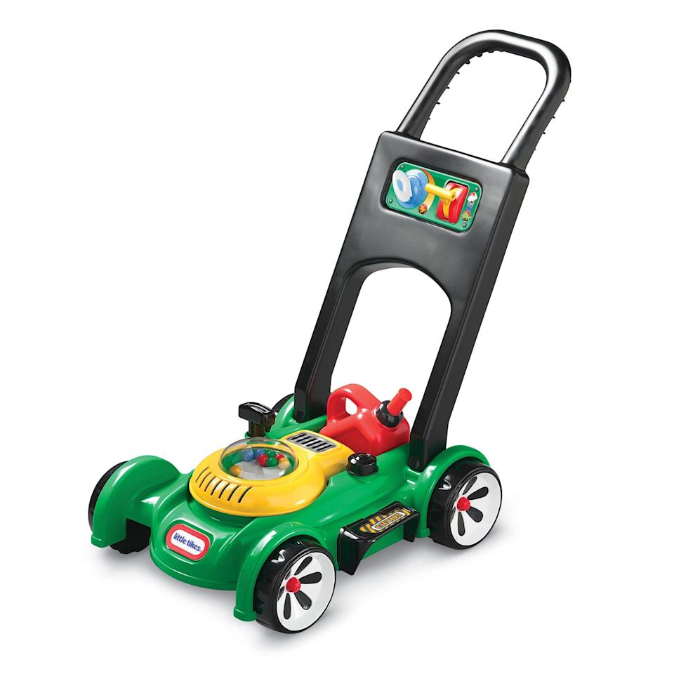 """<p><strong>Little Tikes</strong></p><p>walmart.com</p><p><strong>$26.97</strong></p><p><a href=""""https://go.redirectingat.com?id=74968X1596630&url=https%3A%2F%2Fwww.walmart.com%2Fip%2F30950173&sref=https%3A%2F%2Fwww.bestproducts.com%2Fparenting%2Fkids%2Fg37090434%2Fkids-toy-lawn-mowers%2F"""" rel=""""nofollow noopener"""" target=""""_blank"""" data-ylk=""""slk:Shop Now"""" class=""""link rapid-noclick-resp"""">Shop Now</a></p><p>It's a classic for a reason. It comes with a little gas can, no batteries are required, there are no bubbles, and it still has a fun pull start. Plus, the little balls pop around in the middle, which is both solid entertainment and sound effects.</p>"""