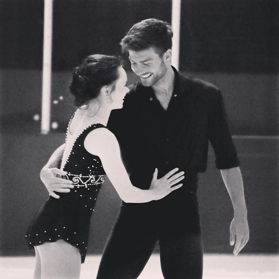 <p>American figure skater Mariah Bell met French figure skater in 2016. The couple have been together for two years. Bell is competing in the PyeongChang Games, while Ponsart was an unselected alternate for the French team. (Photo via Instagram/mariahsk8rbell) </p>