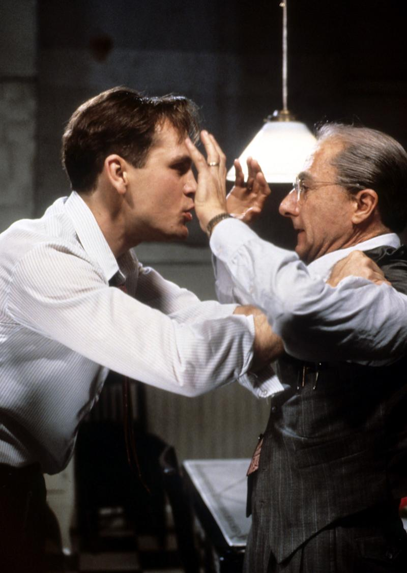 <strong>John Malkovich andDustin Hoffman in a scene from the TV film</strong> (Archive Photos via Getty Images)