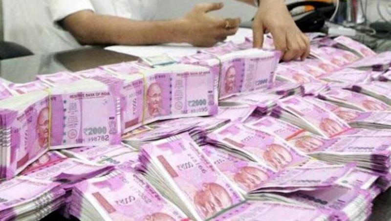 Indian Rupee Slips to All-Time Low of 76.91 US Dollars Amid Coronavirus Outbreak