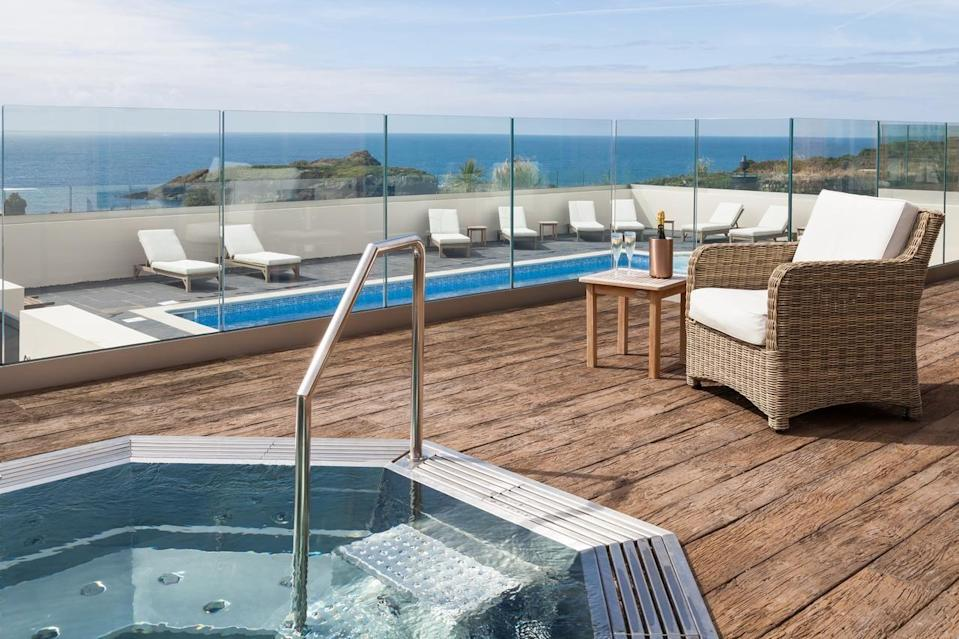 """<p>Expect elegance, fine dining and crashing Atlantic Ocean waves at <a href=""""https://go.redirectingat.com?id=127X1599956&url=https%3A%2F%2Fwww.booking.com%2Fhotel%2Fgb%2Fmullion-cove.en-gb.html%3Faid%3D2070935%26label%3Dcoastal-retreats&sref=https%3A%2F%2Fwww.countryliving.com%2Fuk%2Ftravel-ideas%2Fstaycation-uk%2Fg34736870%2Fcoastal-retreats%2F"""" rel=""""nofollow noopener"""" target=""""_blank"""" data-ylk=""""slk:Mullion Cove Hotel & Spa"""" class=""""link rapid-noclick-resp"""">Mullion Cove Hotel & Spa</a> - a dreamy setting on the Lizard Peninsula for a relaxing rural coastal retreat. Country interiors meet a contemporary new eco spa with environmentally-friendly products and practices used. Here, you can soak up those views at the outdoor pool and Jacuzzi, or swim indoors on cooler days. </p><p>There's a stylish Art Deco bar for cocktails, too. Bring the dog (or don't!), and enjoy walks along the South West Coast Path and browse the Victorian harbour nearby.</p><p><a href=""""https://www.countrylivingholidays.com/offers/cornwall-mullion-cove-hotel-spa"""" rel=""""nofollow noopener"""" target=""""_blank"""" data-ylk=""""slk:Read our review of Mullion Cove."""" class=""""link rapid-noclick-resp"""">Read our review of Mullion Cove.</a></p><p><a class=""""link rapid-noclick-resp"""" href=""""https://go.redirectingat.com?id=127X1599956&url=https%3A%2F%2Fwww.booking.com%2Fhotel%2Fgb%2Fmullion-cove.en-gb.html%3Faid%3D2070935%26label%3Dcoastal-retreats&sref=https%3A%2F%2Fwww.countryliving.com%2Fuk%2Ftravel-ideas%2Fstaycation-uk%2Fg34736870%2Fcoastal-retreats%2F"""" rel=""""nofollow noopener"""" target=""""_blank"""" data-ylk=""""slk:CHECK AVAILABILITY"""">CHECK AVAILABILITY</a></p>"""