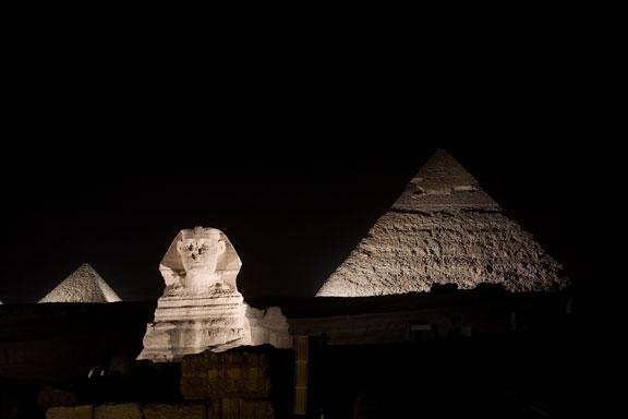 Earth Hour 2010. Skyline showing the Sphinx and the Pyramids before the lights are switched off for Earth Hour, Giza, near Cairo, Egypt.