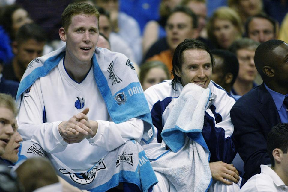 Shawn Bradley and Steve Nash of the Dallas Mavericks in 2003