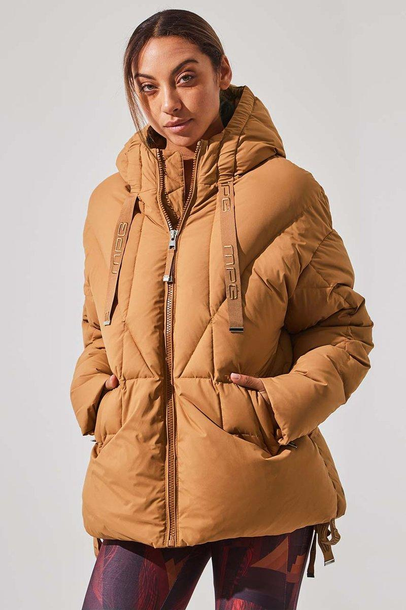 Stratosphere Down Filled Slouchy Puffer Jacket. Image via MPG Sport.