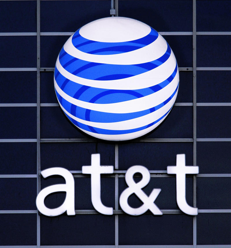 Contracts expire for many at AT&T; talks continue