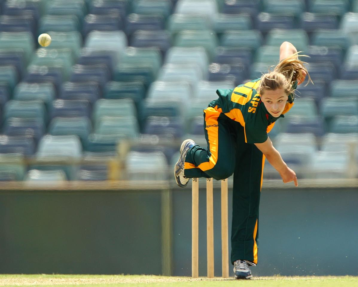 PERTH, AUSTRALIA - OCTOBER 13:  Meg Phillips of the Roar bowls during the WNCL match between the Western Fury and the Tasmanian Roar at WACA on October 13, 2012 in Perth, Australia.  (Photo by Paul Kane/Getty Images)