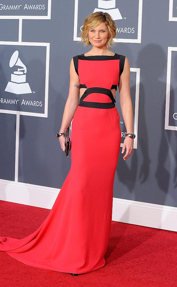 "Jennifer Nettles  Grade: A+   The Sugerland songstress stole the spotlight in a crimson-and-black Victoria Beckham cut-out dress, metallic bracelets, and flirty bob. Jason Merritt/<a href=""http://www.gettyimages.com/"" target=""new"">GettyImages.com</a> - January 31, 2010"