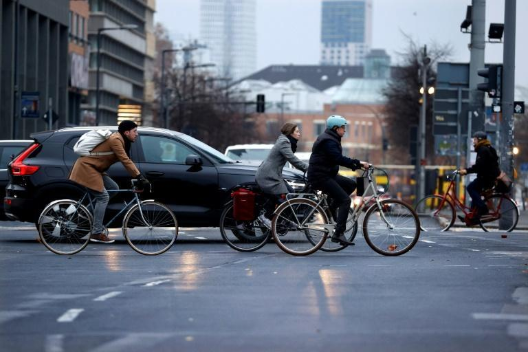 The number of Berliners cycling to work or to go shopping has increased by some 25 percent since the start of the pandemic, according to city authorities