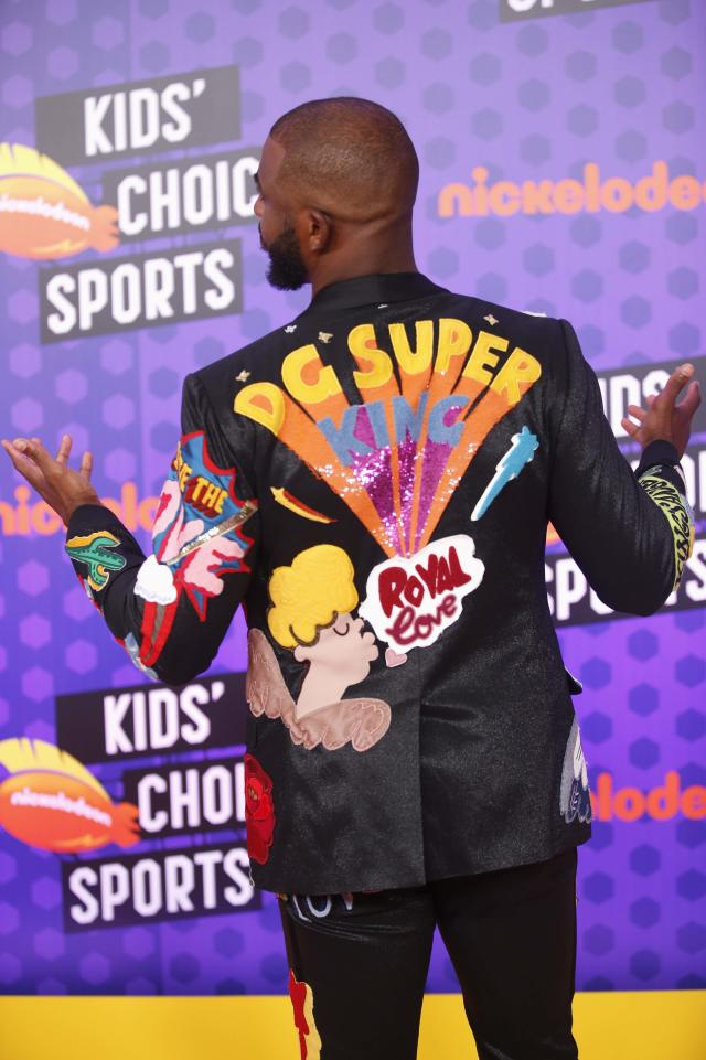 Kids Choice Sport Awards 2018 – Arrivals – Los Angeles, California, U.S., 19/07/2018. Houston Rockets NBA basketball player Chris Paul poses. REUTERS/Danny Moloshok