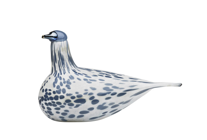This undated publicity photo provided by FinnStyle.com shows Oiva Toikka's charming little glass bird Mistle Thrush manufactured by iittala, the famed Finnish glass house (www.finnstyle.com). (AP Photo/FinnStyle.com)