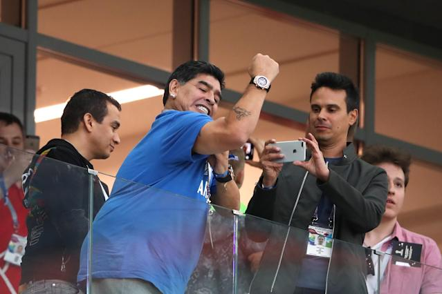 <p>Diego Maradona shows his support duringthe 2018 FIFA World Cup Russia group D match between Argentina and Croatia at Nizhny Novgorod Stadium on June 21, 2018 in Nizhny Novgorod, Russia. (Photo by Matthew Ashton – AMA/Getty Images) </p>