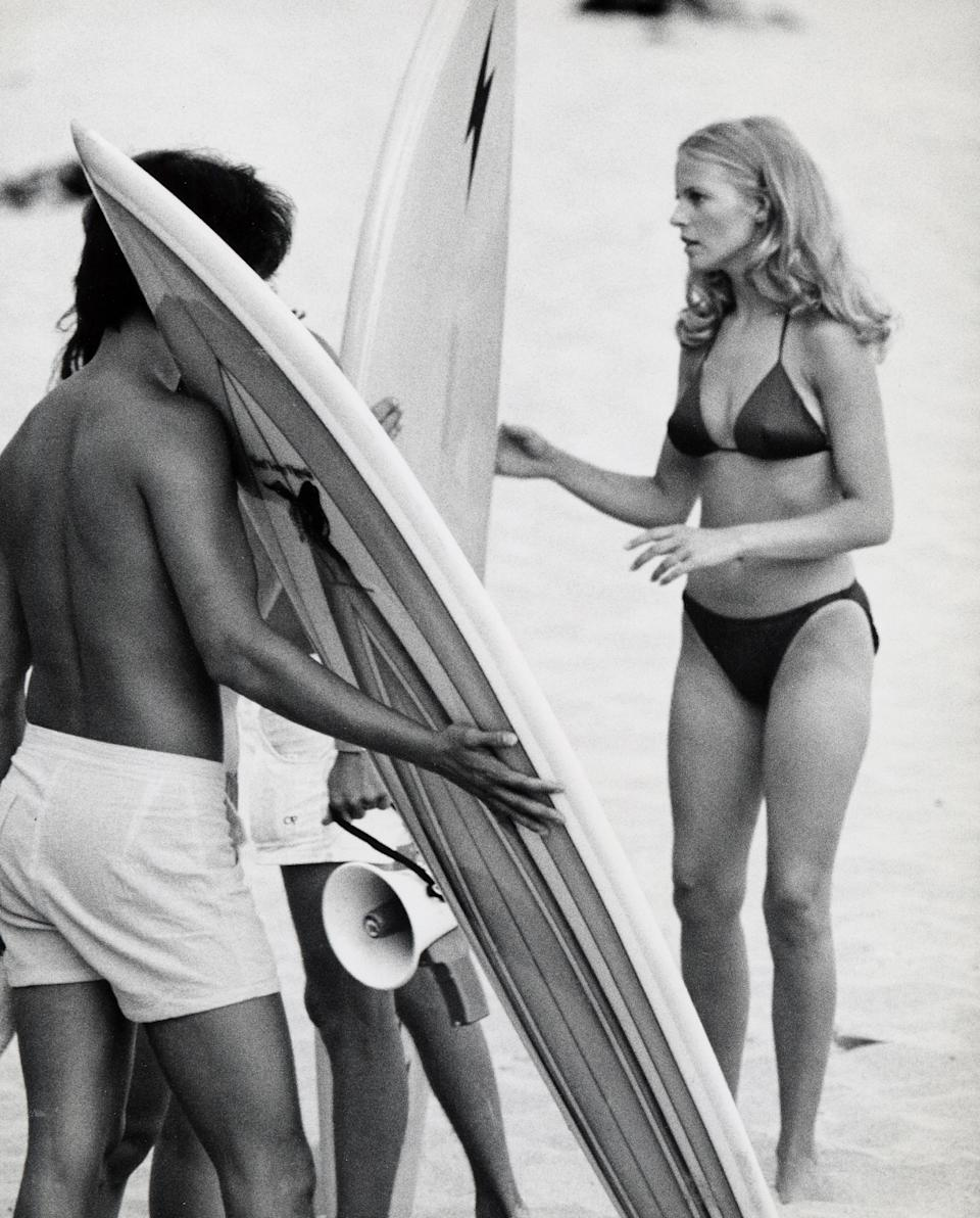 "Cheryl Ladd shooting an episode of ""Charlie's Angels."" (Photo: Getty Images)"