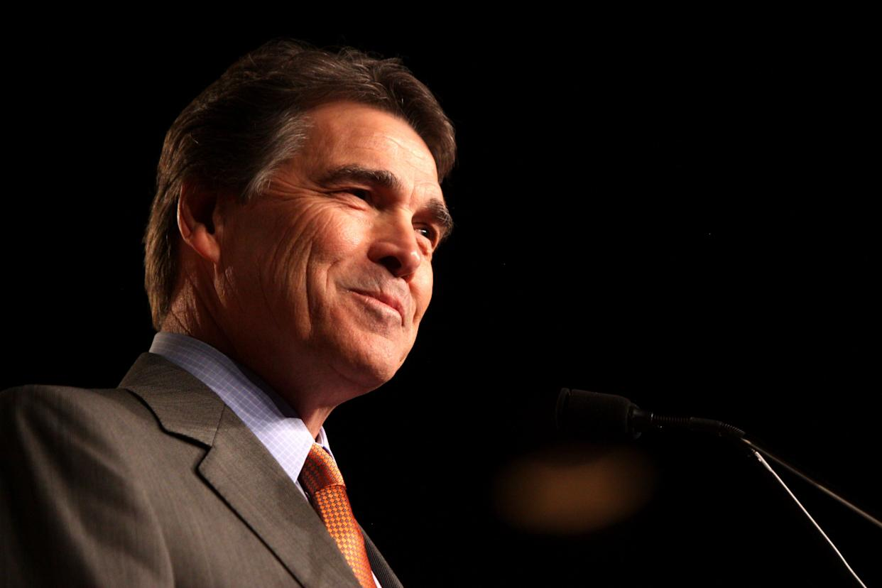 "At a Tea Party event Monday night, <a href=""http://www.huffingtonpost.com/2012/12/18/rick-perry-guns-in-schools_n_2322185.html"" rel=""nofollow noopener"" target=""_blank"" data-ylk=""slk:Perry praised a Texas school system that allows some staff to carry concealed weapons to work"" class=""link rapid-noclick-resp"">Perry praised a Texas school system that allows some staff to carry concealed weapons to work</a> and encouraged local school districts to make their own policies."