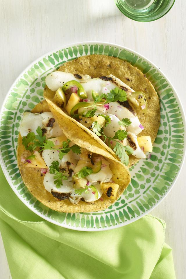 """<p>These fish tacos aren't just quick-they're super healthy, too, thanks to nutrient packed tomatillos and pineapples.</p><p><strong><a rel=""""nofollow"""" href=""""http://www.womansday.com/food-recipes/food-drinks/recipes/a59766/grilled-fish-tacos-recipes/"""">Get the recipe.</a></strong><span></span></p>"""