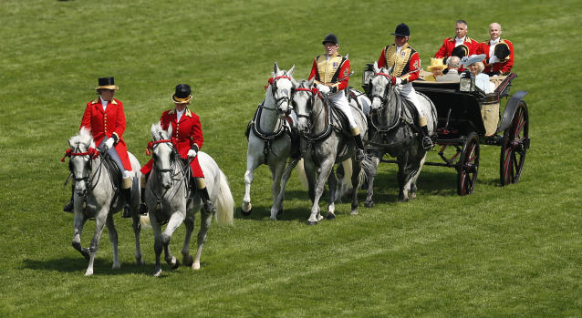 Britain Horse Racing - Royal Ascot - Ascot Racecourse - June 21, 2017 General view of the royal procession before the races Action Images via Reuters / Matthew Childs Livepic