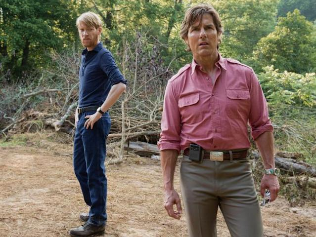 Domhnall Gleeson and Cruise in 'American Made' (Photo: Universal Pictures)