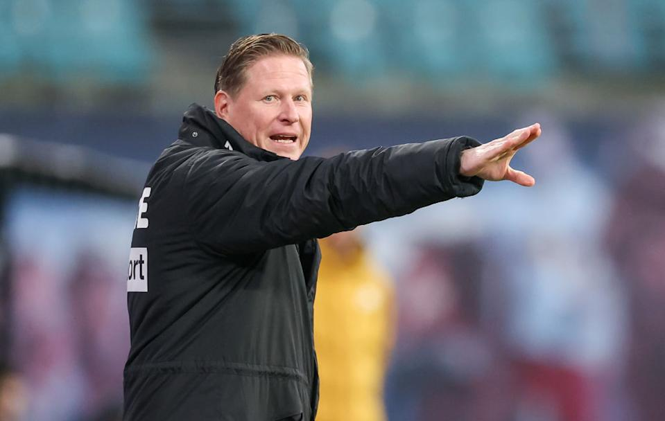 19 December 2020, Saxony, Leipzig: Football: Bundesliga, Matchday 13, RB Leipzig - 1. FC Köln at Red Bull Arena Leipzig. Cologne coach Markus Gisdol reacts on the sidelines. Photo: Jan Woitas/dpa-Zentralbild/dpa - IMPORTANT NOTE: In accordance with the regulations of the DFL Deutsche Fußball Liga and/or the DFB Deutscher Fußball-Bund, it is prohibited to use or have used photographs taken in the stadium and/or of the match in the form of sequence pictures and/or video-like photo series. (Photo by Jan Woitas/picture alliance via Getty Images)