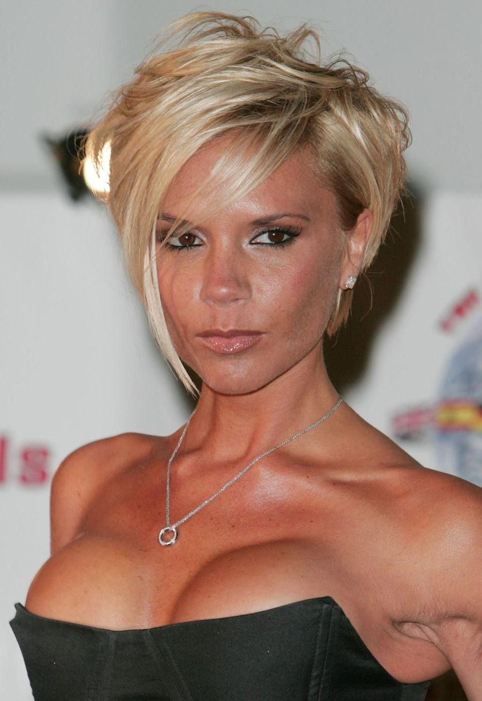 <p>Singer and designer <strong>Victoria Beckham</strong> is one of the original icons of the asymmetrical bob, sparking trends with her cropped and choppy layered look. </p>