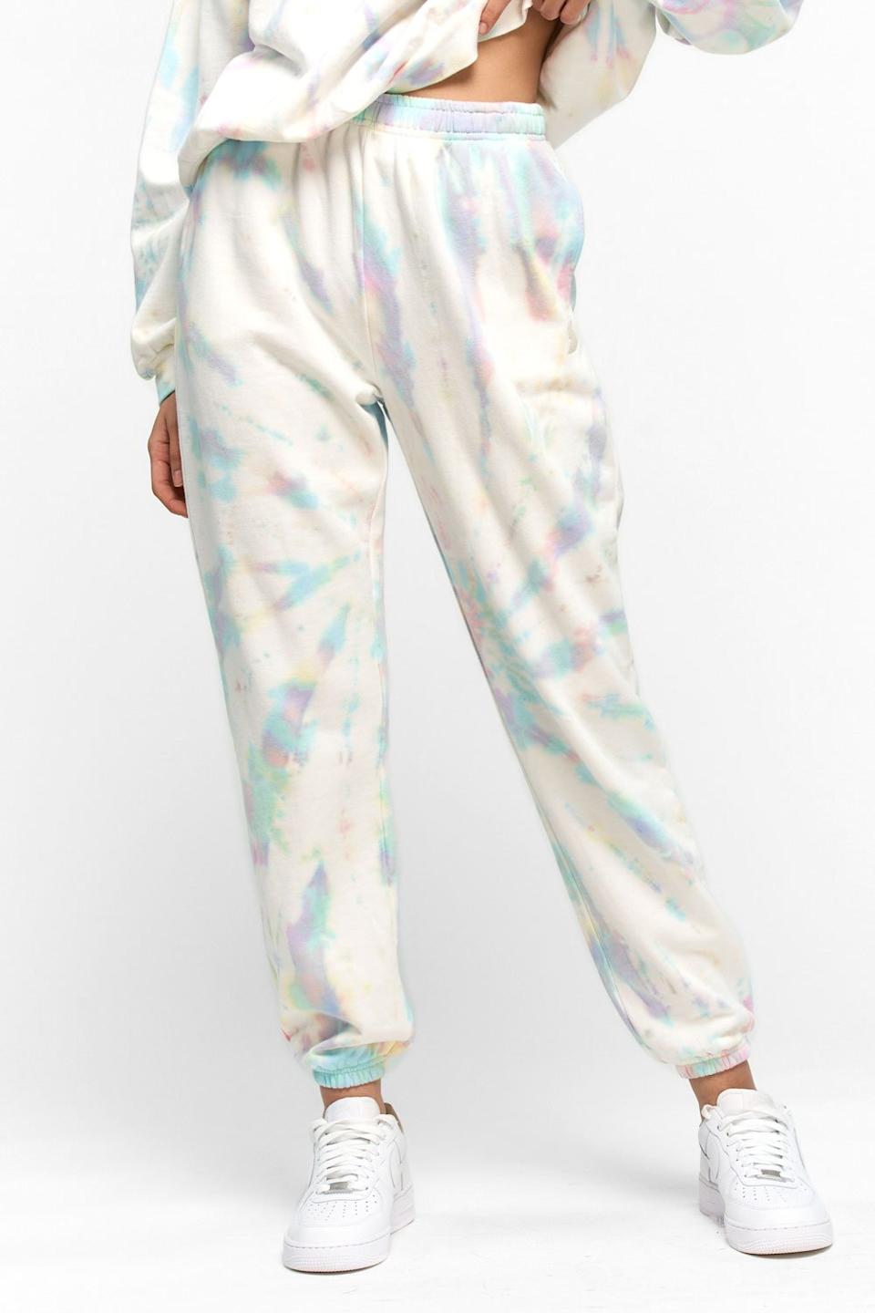 Tie Dye Sweatpants (Photo via Kuwalla Tee)