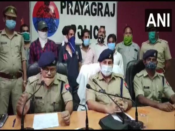 SP Dhaval Jaiswal along with other officials in a press conference on Saturday. photo/ANI