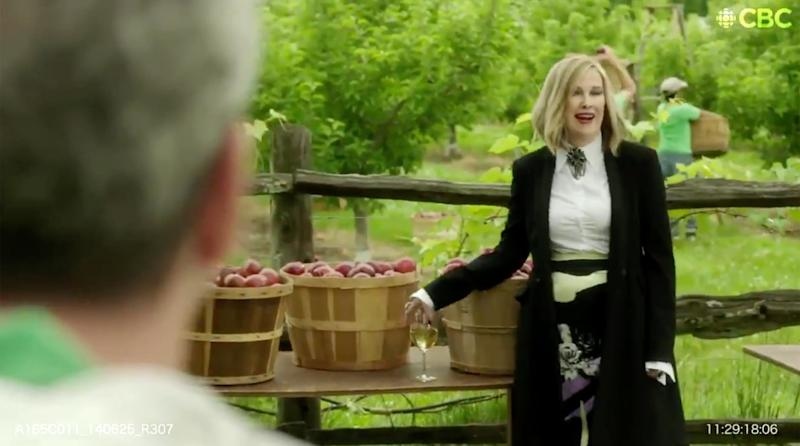 This Schitt's Creek blooper reel will make you laugh so hard that snot shoots out of your nose