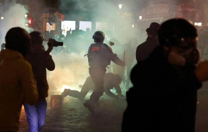 Saturday's demonstration in Paris descended into violent clashes with dozens of people injured