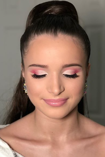 "<p>There's nothing more visually stunning than a classic, cohesive look. Let your makeup complement your dress this homecoming for a one-of-a-kind style. Check out more looks <a href=""https://www.instagram.com/jackiescullybeauty/"">@jackiescullybeauty</a>.</p>"