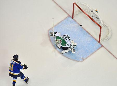 St. Louis Blues right wing Vladimir Tarasenko (91) scores a goal past Dallas Stars goalie Kari Lehtonen (32) during the first period in game four of the second round of the 2016 Stanley Cup Playoffs at Scottrade Center. Mandatory Credit: Jasen Vinlove-USA TODAY Sports