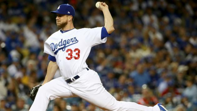 Veteran reliever Tony Watson is headed to the Giants. (AP)