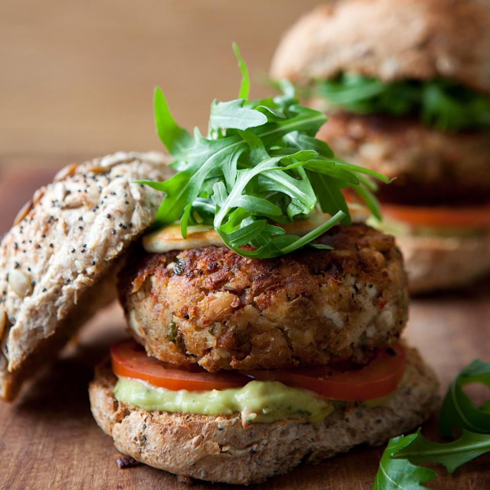 5:2 Diet: Fast Day Lunch - Spicy Mexican Bean Burger Recipe