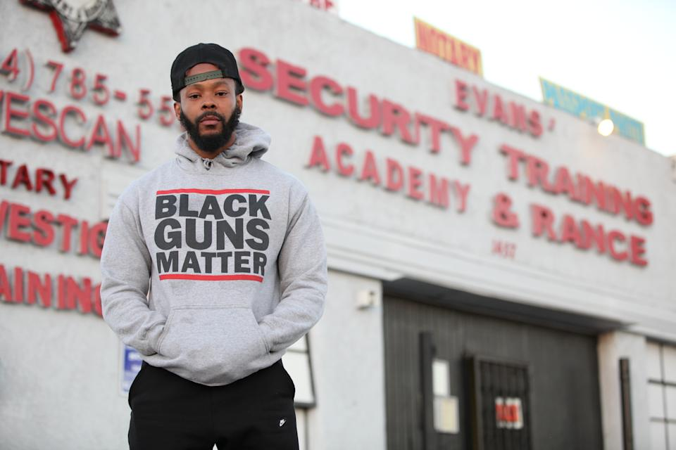 "Black Guns Matter founder Maj Toure in Los Angeles in December 2016.<span class=""copyright"">Ruaridh Connellan—Barcroft Images/Getty Images</span>"