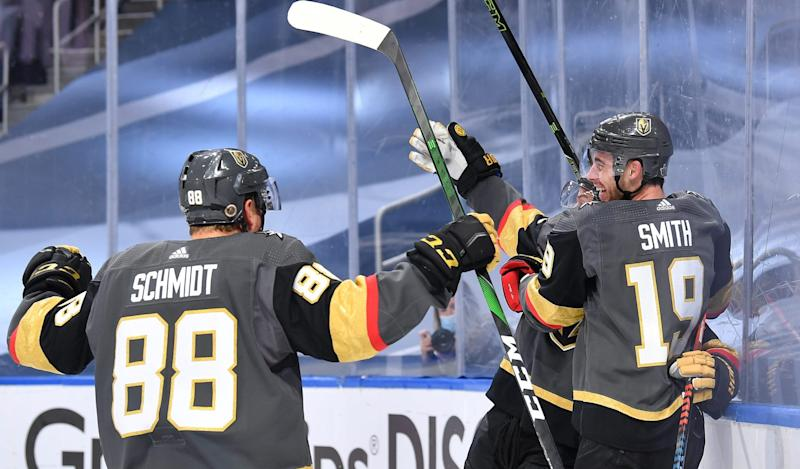 Smith's OT goal gives Golden Knights 2-0 series lead over Blackhawks
