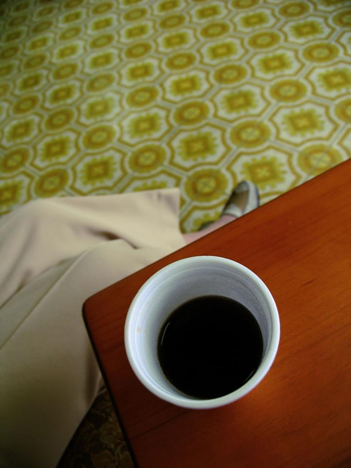 <p>There was no other kitchen and bathroom flooring in the 70s nearly as ubiquitous as patterned linoleum, beloved by working moms for its durability and easy cleanup. </p>