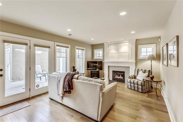 """<p><a href=""""https://www.zoocasa.com/rideau-park-calgary-ab-real-estate/5274301-811-rideau-rd-sw-rideau-park-calgary-ab-t2s0s1-c4183006"""" rel=""""nofollow noopener"""" target=""""_blank"""" data-ylk=""""slk:811 Rideau Rd. SW, Calgary, Alta."""" class=""""link rapid-noclick-resp"""">811 Rideau Rd. SW, Calgary, Alta.</a><br> The family room offers a walkout to the backyard, which features a newer deck and has professional landscaping.<br> (Photo: Zoocasa) </p>"""