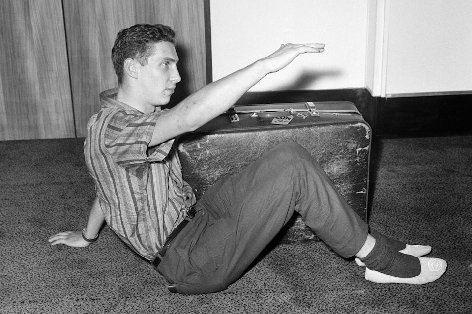 <p>Brian Robson was airmailed from Melbourne, Australia to London.</p> (Getty Images)