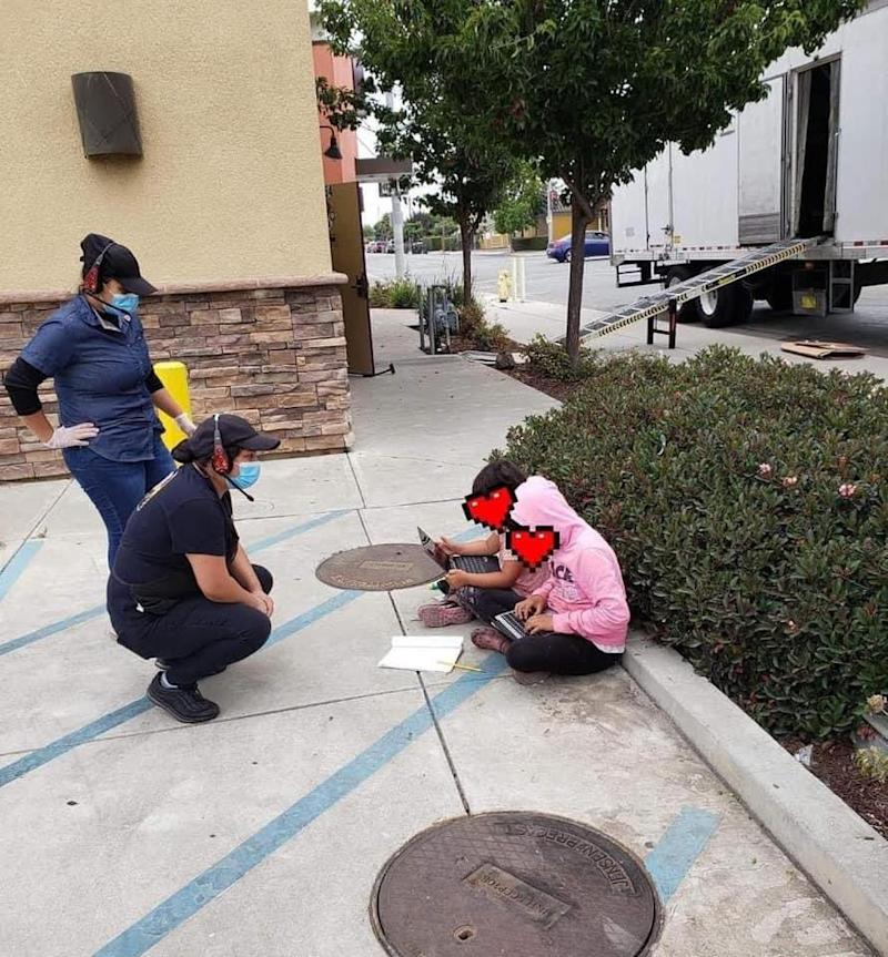 The image, which shows two girls outside a Taco Bell using the outlet's Wi-Fi, became a symbol of the wealth disparity in one of the US's wealthiest areas near Silicon Valley.
