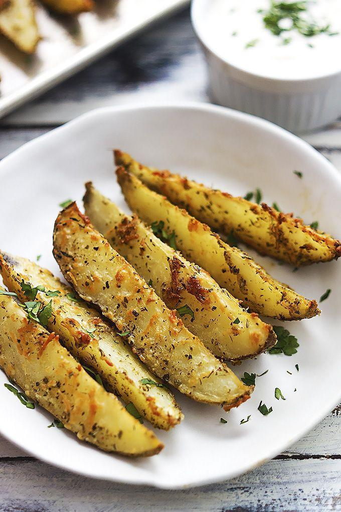 "<p>Dip these delicious fries in a blue cheese dressing for even more flavor. </p><p><strong>Get the recipe at <a href=""https://www.lecremedelacrumb.com/baked-garlic-parmesan-potato-wedges"" rel=""nofollow noopener"" target=""_blank"" data-ylk=""slk:Creme de la Crumb"" class=""link rapid-noclick-resp"">Creme de la Crumb</a>.</strong></p>"