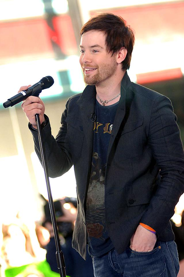 """David Cook gives his fellow """"Idol"""" rocker Chris Daughtry a run for his money in the cute 'n' scruffy category. Alexander/<a href=""""http://www.splashnewsonline.com"""" target=""""new"""">Splash News</a> - May 29, 2008"""