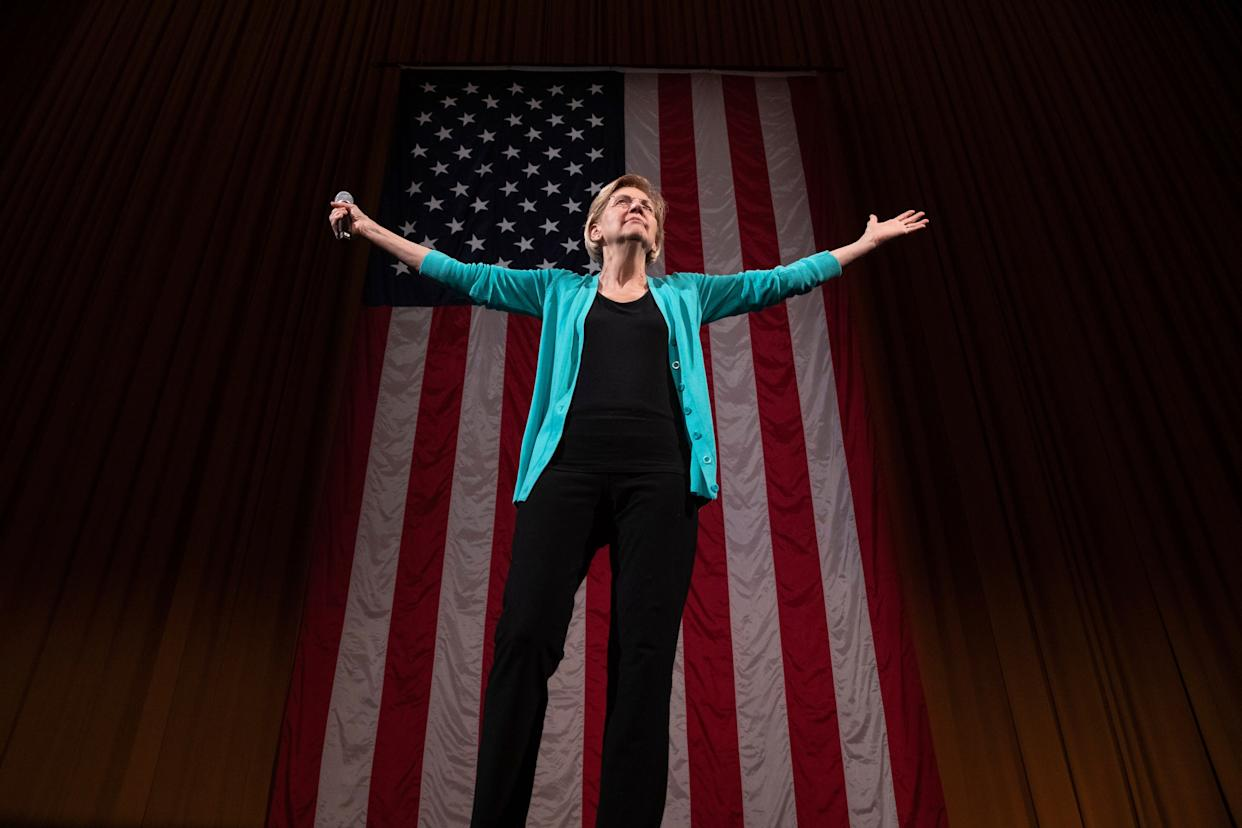 Sen. Elizabeth Warren's (D-Mass.) steady rollout of policy plans resurrected her 2020 Democratic presidential campaign. (Photo: Amr Alfiky/ASSOCIATED PRESS)