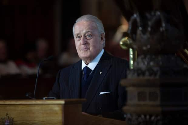 Former prime minister Brian Mulroney spoke at a Conservative campaign event in Quebec, praising Erin O'Toole. (Paul Daly/The Canadian Press - image credit)