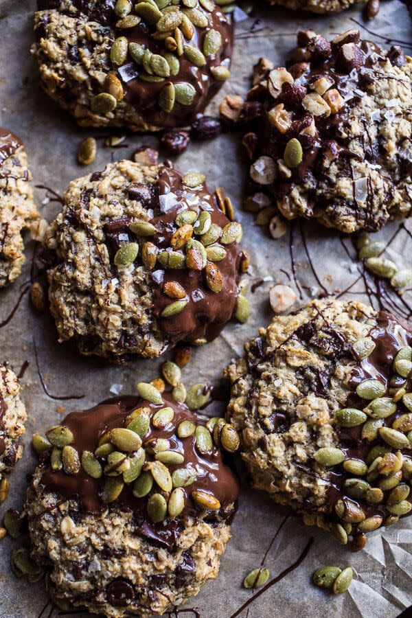 <strong>Get the <span>Harvest Oatmeal Chocolate Chunk Cookies with Salted Toasted Pepitas recipe</span>from Half Baked Harvest</strong>