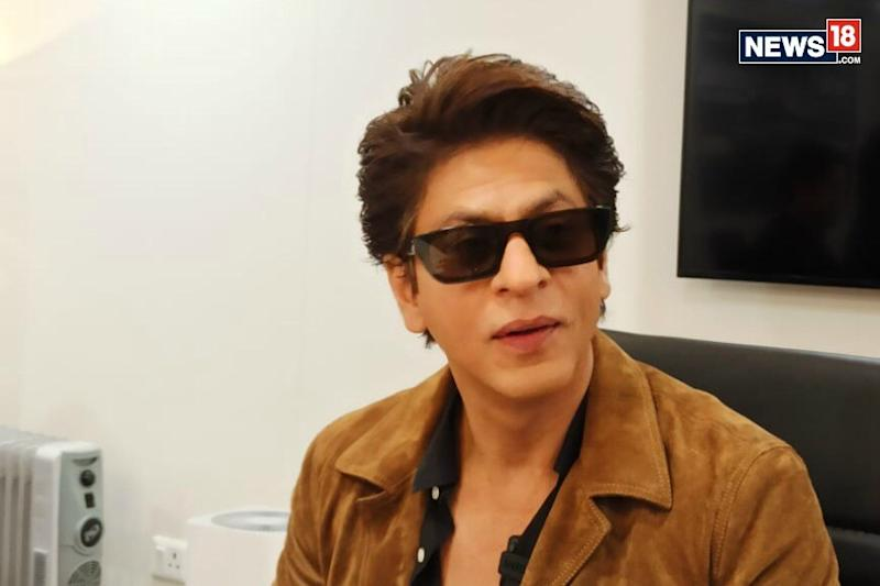 Shah Rukh Khan Urges Fans to Contribute towards PPE, Ventilators for Healthcare Workers