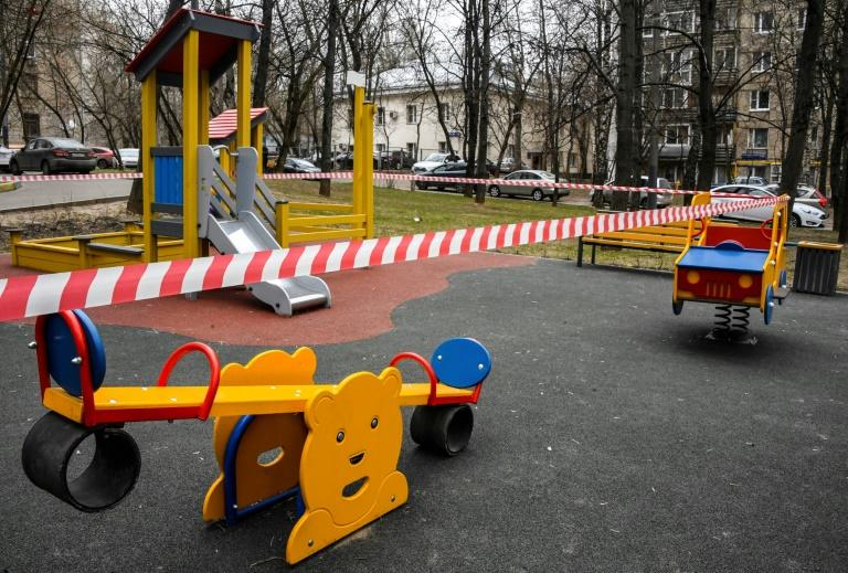 Children's playgrounds are also shut down as part of the Moscow lockdown (AFP Photo/Alexander NEMENOV)