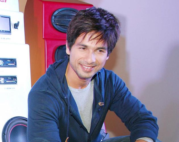 Shahid's in stalker 'trouble'