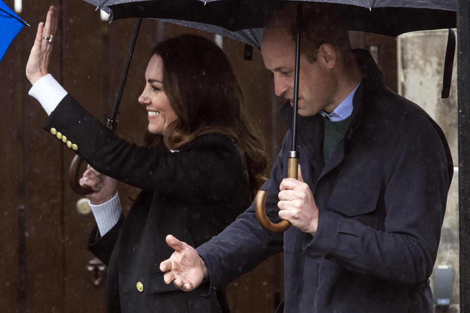 Britain's Catherine, Duchess of Cambridge and Britain's Prince William, Duke of Cambridge arrive to visit the University of St Andrews in St Andrews on May 26, 2021. (Photo by Andy Buchanan / POOL / AFP) (Photo by ANDY BUCHANAN/POOL/AFP via Getty Images)