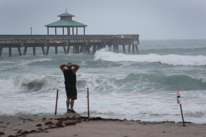 Image: Isaias Remains A Tropical Storm As It Moves Up East Coast (Joe Raedle / Getty Images)