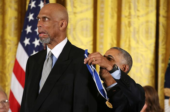 <p>President Obama awards the Presidential Medal of Freedom to NBA star Kareem Abdul-Jabbar in the East Room of the White House, Nov. 22, 2016. (Carlos Barria/Reuters) </p>