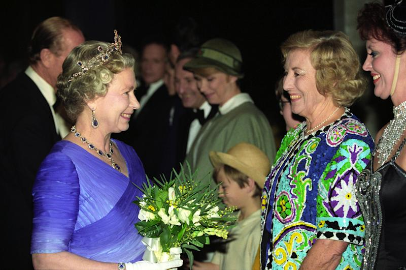 THE QUEEN TALKS TO DAME VERA LYNN AT LONDON'S EARLS COURT THIS EVENING (MONDAY) AFTER THE GREAT EVENT, A CELEBRATION OF THE 40TH ANNIVERSARY OF THE QUEEN'S ACCESSION TO THE THRONE. (Photo by Martin Keene - PA Images/PA Images via Getty Images)