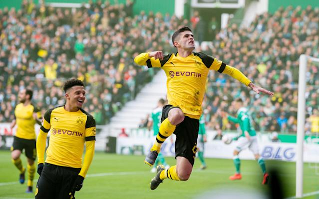 After an up-and-down campaign, Chelsea-bound U.S. star Christian Pulisic (right) is finishing the season strong in his final few matches with Borussia Dortmund. (Alexandre Simoes/Getty)