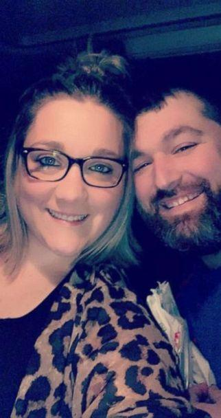 PHOTO: Sara Duncan, a mother of two and teacher from Fredericktown, Missouri, posted an image onto Facebook March 23 after she and her husband, Joe Duncan, took their youngest to the emergency room. The photo was shared over 31,000 times. (Sara Duncan)